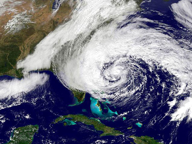 hurricane sandy hits east coast