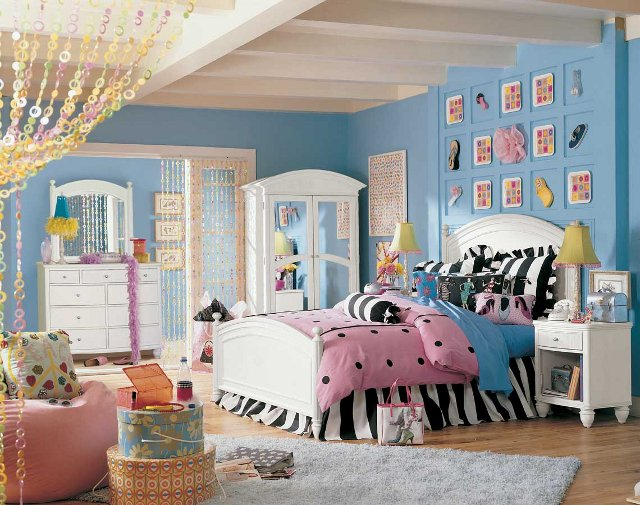 a typical teen's room