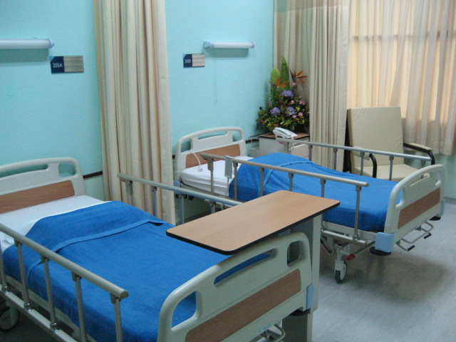 clean hospital room